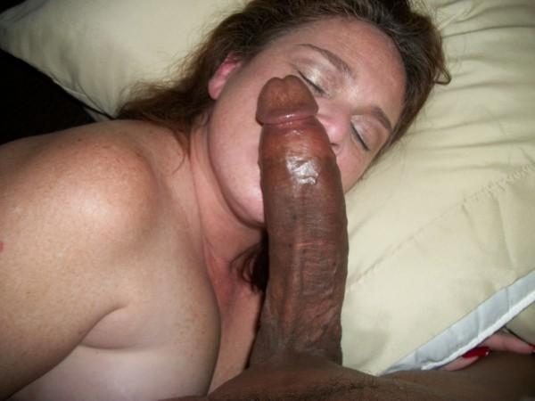 Wife fucks long black dick