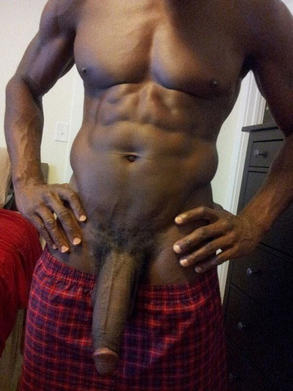 BIG BLACK COCK FOR WHITE COUGARS